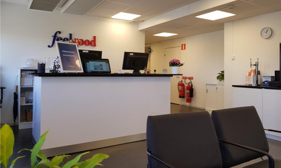 The lobby of a Feelgood clinic.